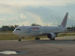 800px-air_europa_767-300er