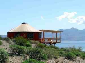 cliff-yurt